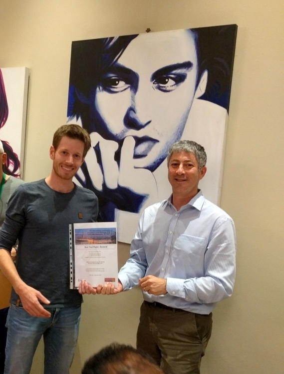 Presentation of the certificate to assistant Florian Frohn